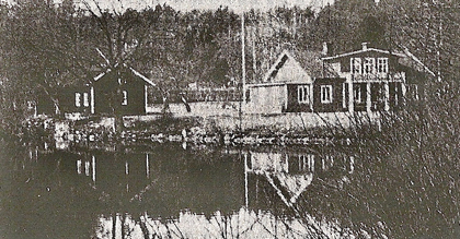 The General Manager's house before the fire of 1989.
