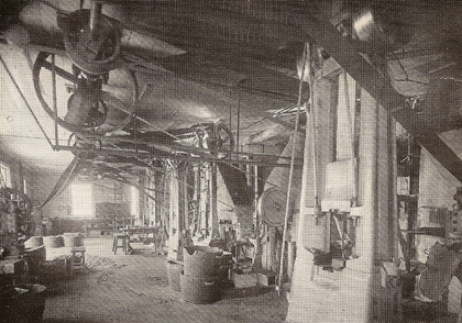 Interior of the drop forge from the early 20th century. Note the transmissions on the ceiling.
