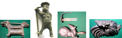 Examples of padlocks in the shape of animals of the zodiac: Dog, Monkey, Rat and Rooster